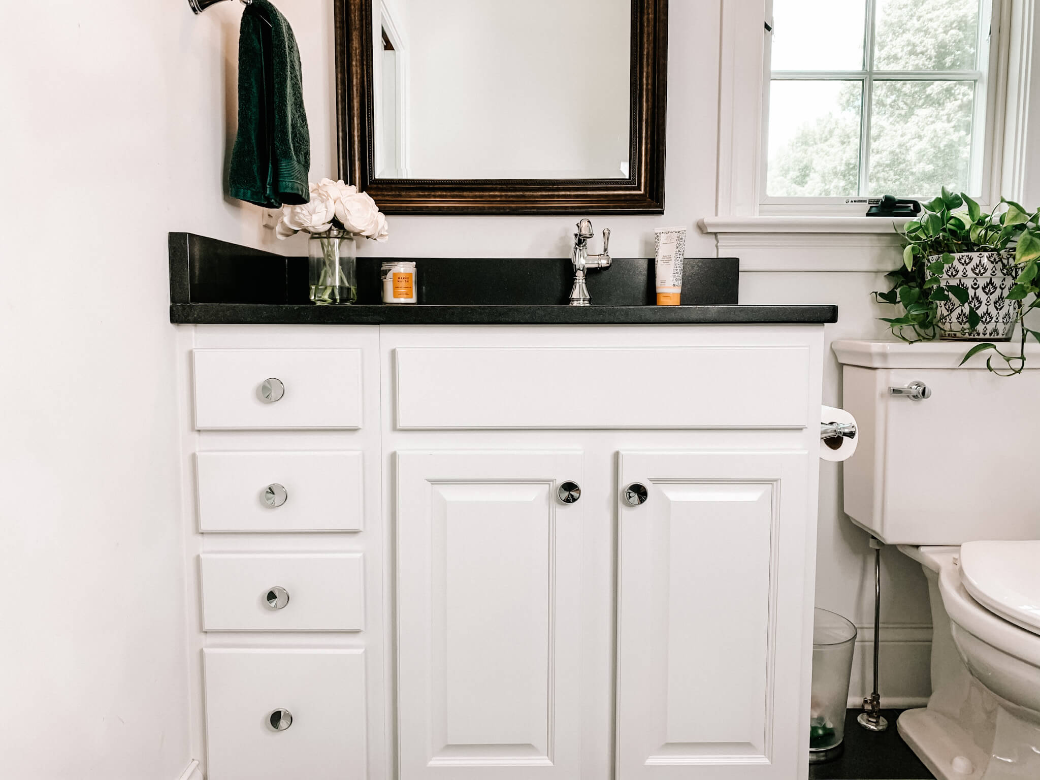 Buying a Bath Vanity Cabinet